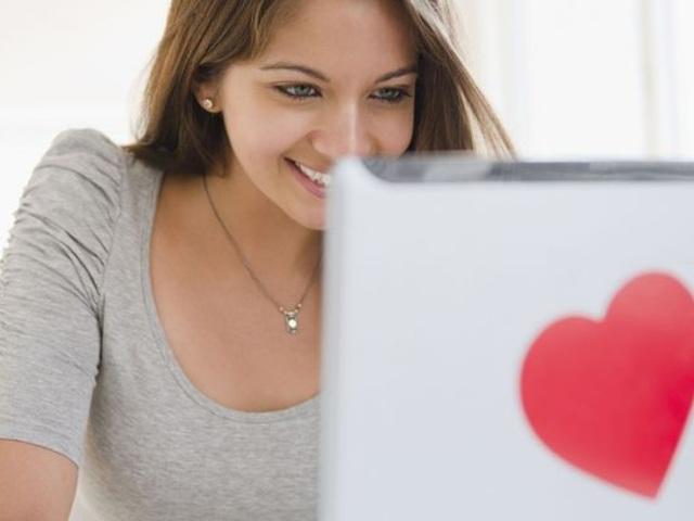 Amor en linea el primer mensaje